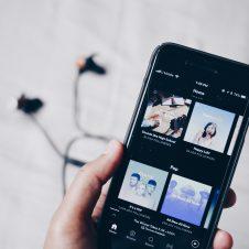 Imagen de la Nota: Audio vía streaming se ha convertido en un elemento clave para conectar con la audiencia