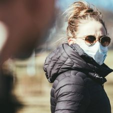 Imagen de la Nota: Kantar Barómetro Global COVID-19:  ¿Qué piensan los Millennials y Centennials con respecto a la pandemia?