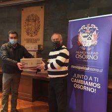 Imagen de la Nota: NESTLÉ CHILE hace entrega más de dos mil kilos de alimentos para adultos mayores de Osorno.