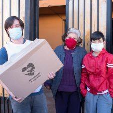 """Imagen de la Nota: P&G Chile se suma a la campaña """"Alimentando Corazones"""" a través de la donación de productos de cuidado capilar y detergentes"""