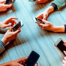 Imagen de la Nota: Teléfonos móviles adaptados al 5G llegarían a 71% al año 2024