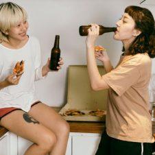 Imagen de la Nota: La cerveza es paritaria: mujeres aumentan su preferencia por esta bebida