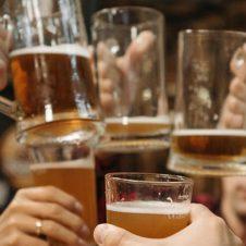 Imagen de la Nota: CYBER MONDAY 2021: Casa de la Cerveza vuelve a sortear 5 minutos libres en sus bodegas para llevarte todo lo que quieras
