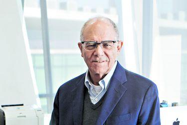 Manuel Agosin, economista, profesor y ex Decano de la Facultad de Economía y Negocios de la Universidad de Chile.